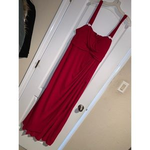 Beautiful Red Bridesmaid or Prom Dress Size 20